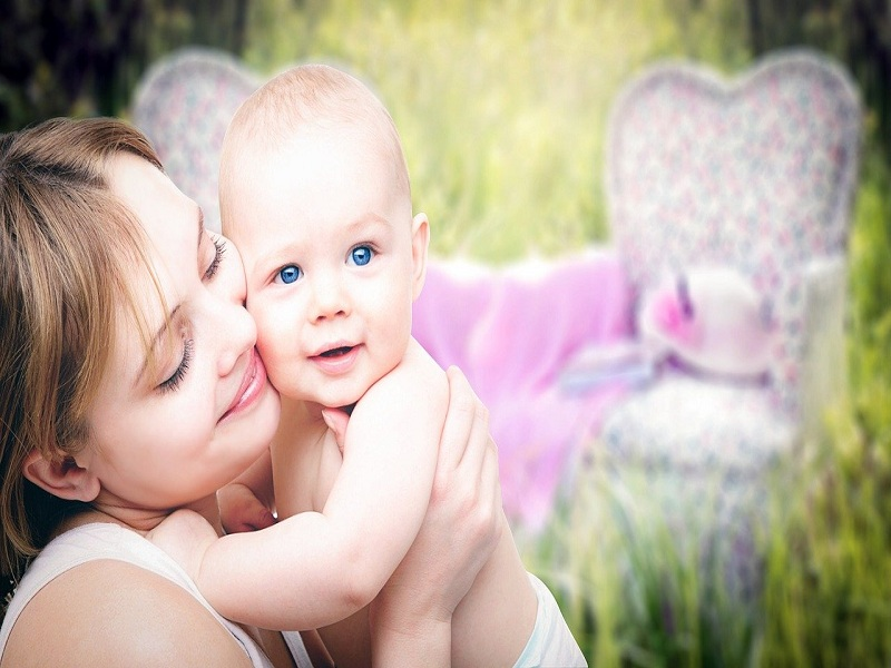 mother-3389671_1280