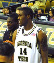 Derrick Favors